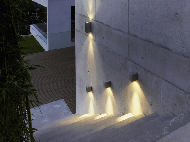 sehen und gesehen werden das richtige licht am haus lichthaus rohrbach. Black Bedroom Furniture Sets. Home Design Ideas